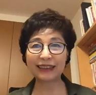 李容淑(Lee Yong sook)<br> 観光庁Visit Japan大使<br> 関西国際大学経営学部経営学科 教授(国際ツーリズム専攻)<br> (株)リンカイ代表取締役社長<br> 安倍総理内閣主催「明日の日本を支える観光ビジョン構想会議」委員等歴任