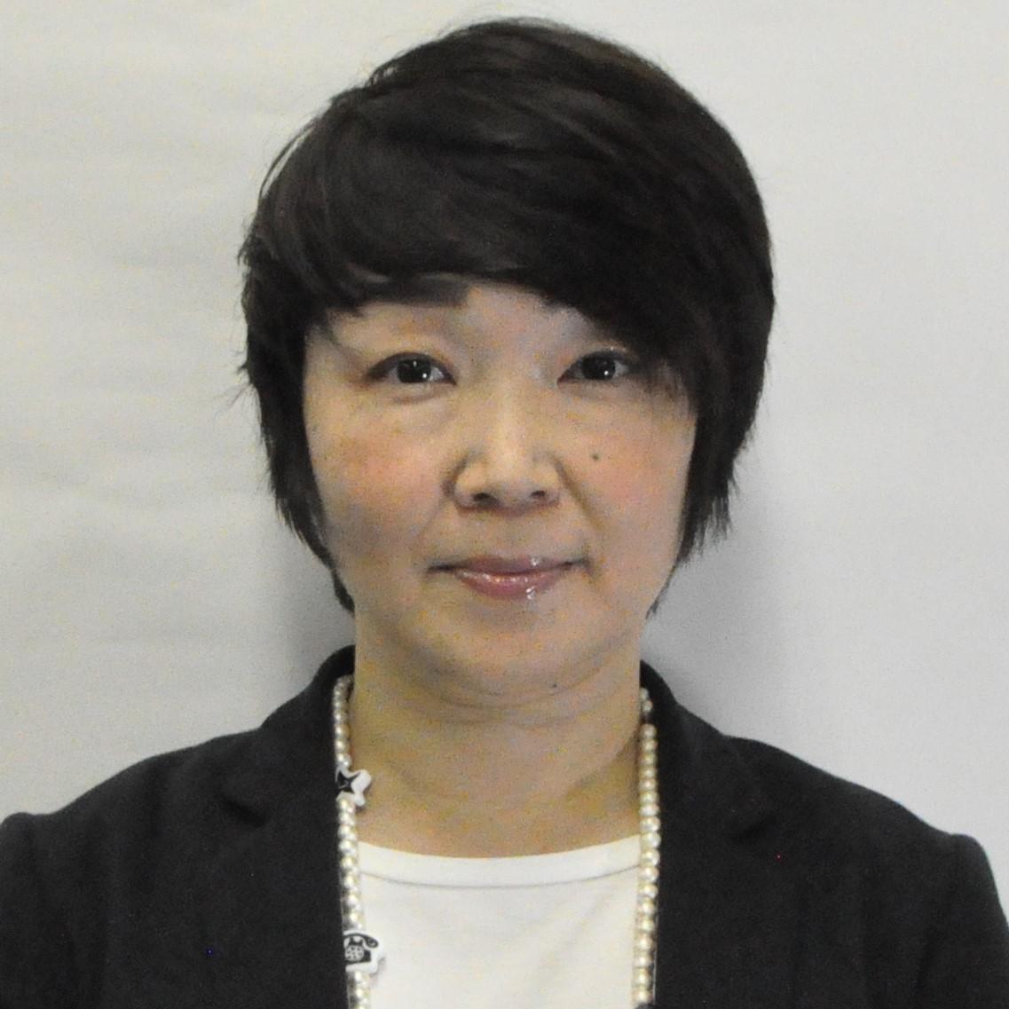 安田 智子(やすだ ともこ)